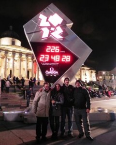 Manoel Messias, Maria Susiclea Assis, Mauricio Rombaldi and Nilson Duarte Costa visit the London 2012 clock in Trafalgar square